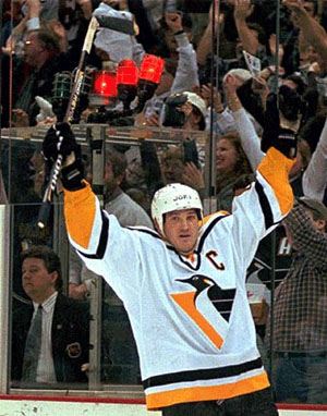 Super Mario-Lemieux Becomes The Only Player To Score Goals In 5ive Different Ways In One Game- This Day 1988