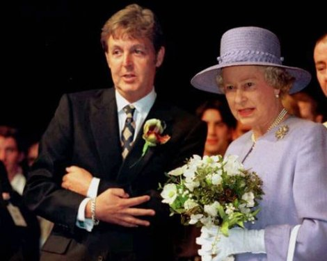IT WAS TWENTY YEARS AGO TODAY PAUL MCCARTNEY KNIGHTED BY QUEEN