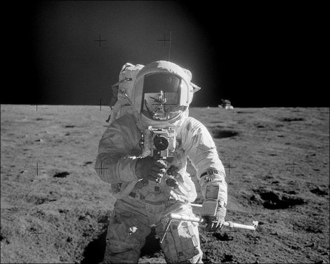 apollo-12-astronaut-alan-bean-lunar-surface-photo-print-2