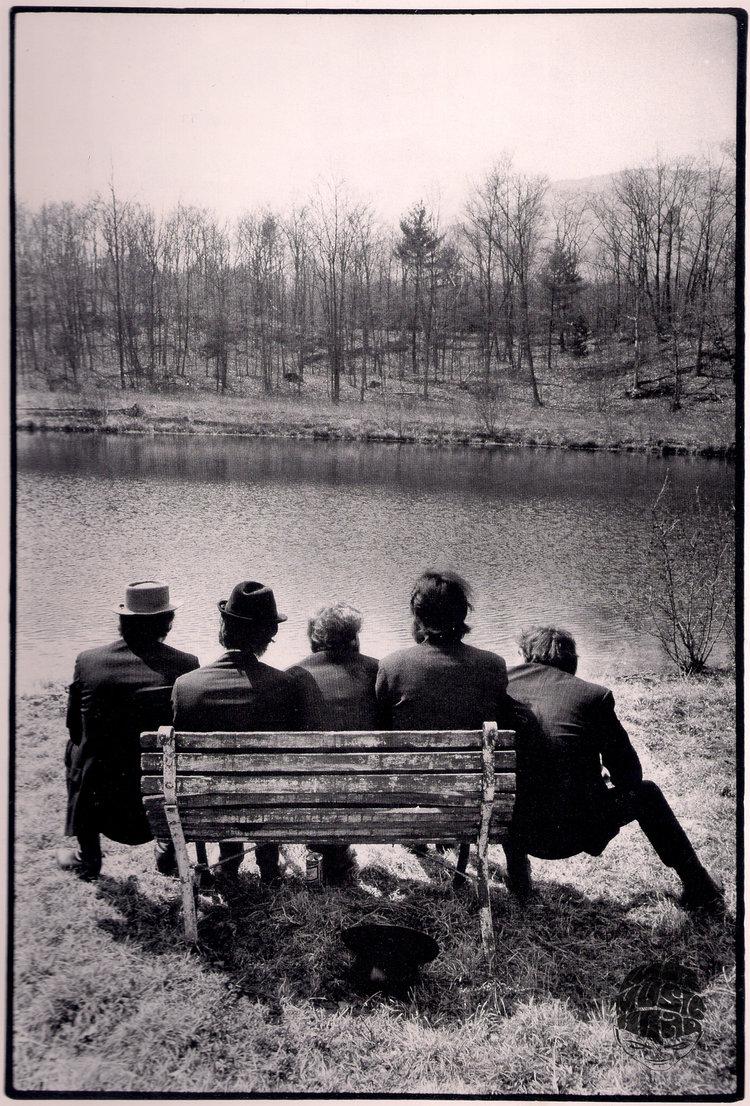 The Band, Behind Big Pink, 1968 by Elliott Landy — Mr Musichead ...